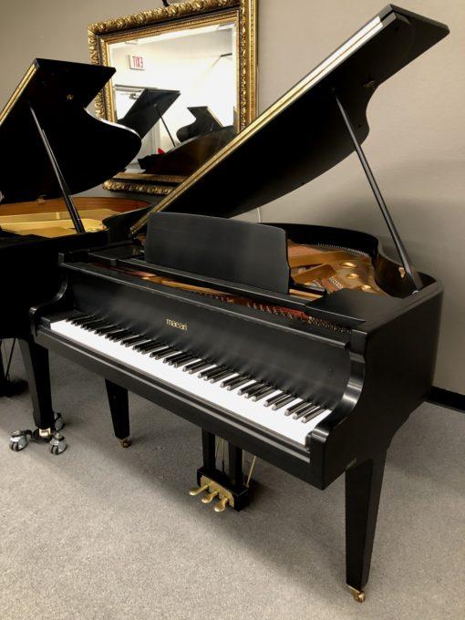 Maeari Grand Piano